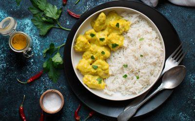 Pollo al Curry un piatto dai profumi etnici ma facile da preparare